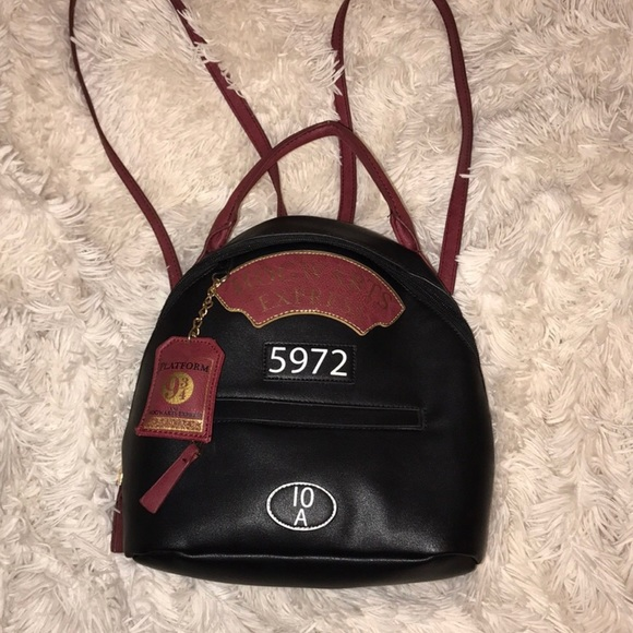Handbags - Harry Potter hogwarts express mini backpack! 69818dbbc83b0